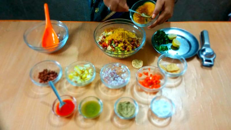 How to make Bhel puri 3